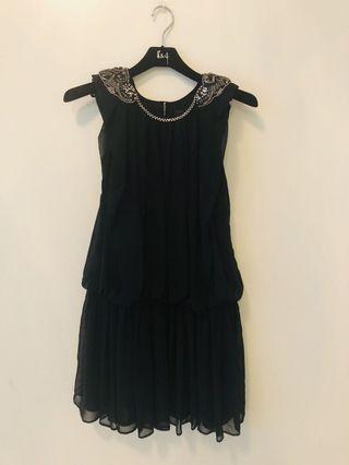 🚚 黃淑琦黑色小洋裝