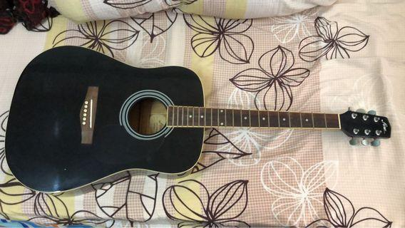 Acoustic Black guitar, used. Cheap. No covers and no strings.