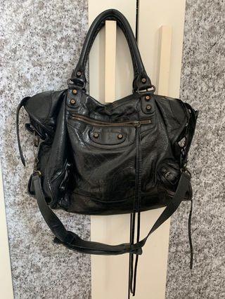 🚚 authentic Balenciaga Bag