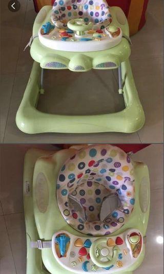 🚚 Graco baby walker - Used