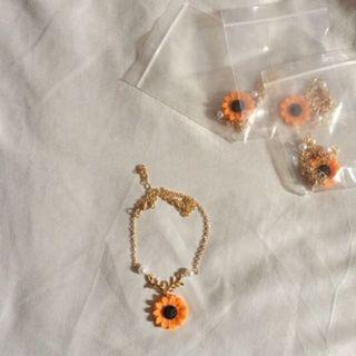 (READY STOCK) Sunflower Flower Necklace Pendant Charm