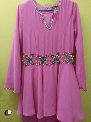Dress peplum pink