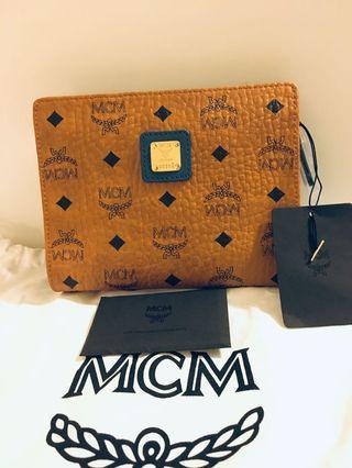 Designer MCM Visetos Pouch