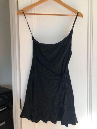 PRINCESS POLLY BLACK DRESS