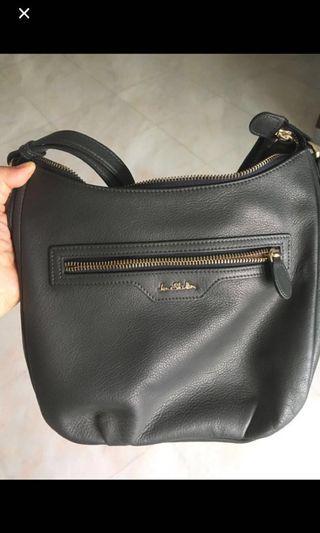 Jane Shilton Handbag/ sling bag - authentic, calf leather
