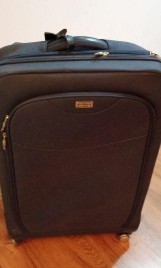 🚚 Camel active 4 wheel luggage