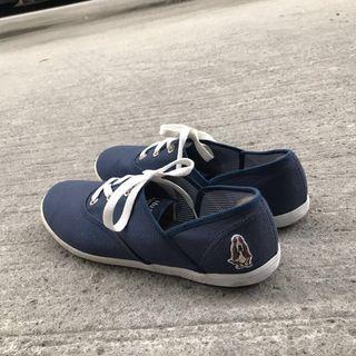🚚 Hush Puppies海軍藍帆布鞋