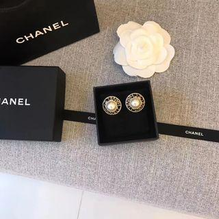 🔥Chanel Earrings with pearl