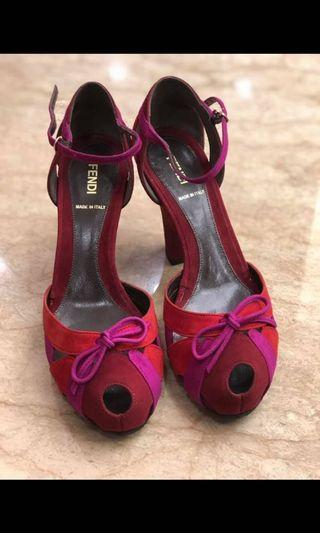⬇️⬇️⬇️Fendi 魚口鞋