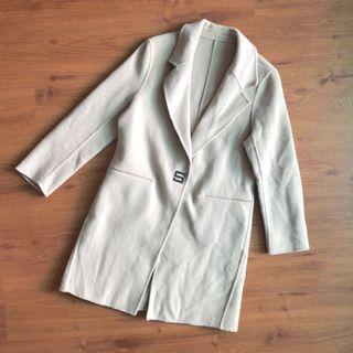 Women's Trench Coat ( Suits size M)