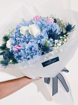 Designer series bouquet DS80