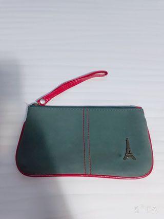 Pouch hijau Paris