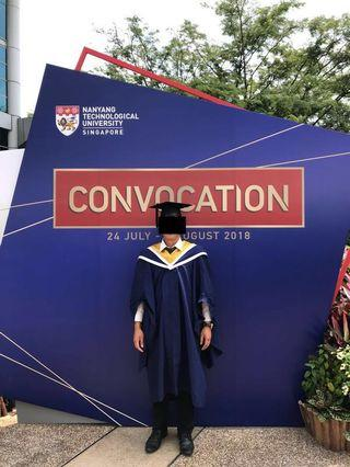 NTU graduation gown with mortar (Size L)