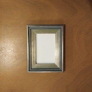 Metallic Finish Picture Frame