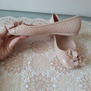 New! Sepatu Tory Burch Fleming pink
