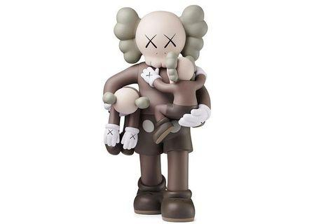 🚚 Looking for > Clean Slate Kaws (Brown)