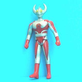 咸蛋超人 超人 怪獸 鹹蛋超人 超人力霸王羅布 · 超人捷德 · 超人力霸王蓋亞 · 超人力霸王雷歐 奧特曼 Zero