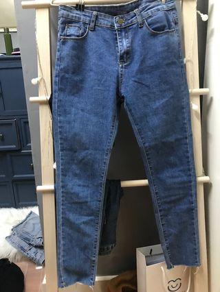 深藍色牛仔貼身長褲jeans