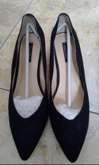 Zalora kitten heels hitam black