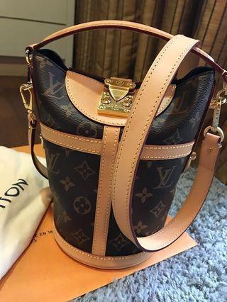 Louis Vuitton Bento Bag