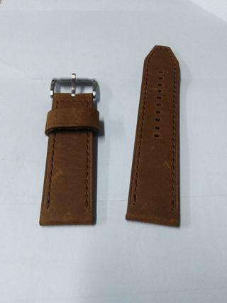24mm leather strap
