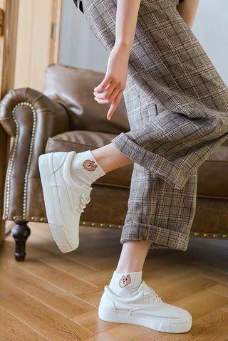 Korean Cute Line Bear Socks
