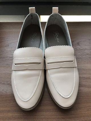FM shoes 杏色低跟樂福鞋(大尺碼)