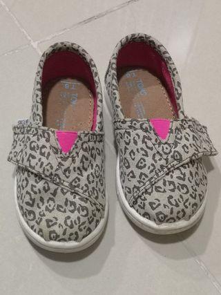 TOMS - Metallic Canvas Leopard Slip-On Shoe