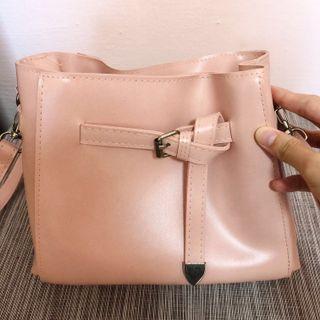 🚚 🇰🇷 Pink Handbag/Crossbody Bag/Sling bag