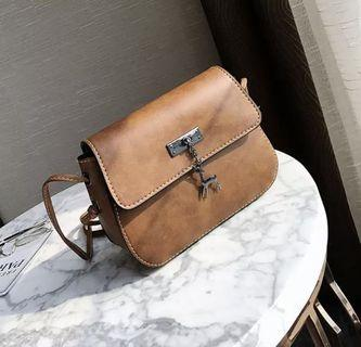 🚚 [PO] Leather Sling bag ***Free shipping***
