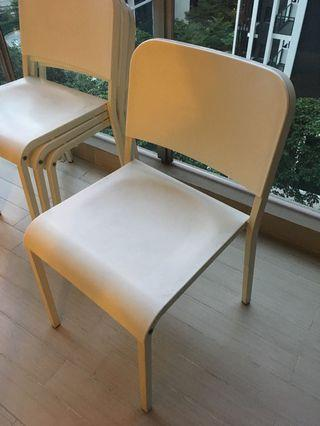Durable white table and chairs