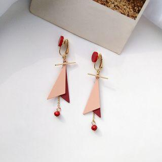(Clip On) Eliette Geometric Earrings in Red/Pink