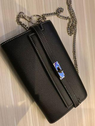 🚚 Brand New Nero Leather Skin Wallet on Chain