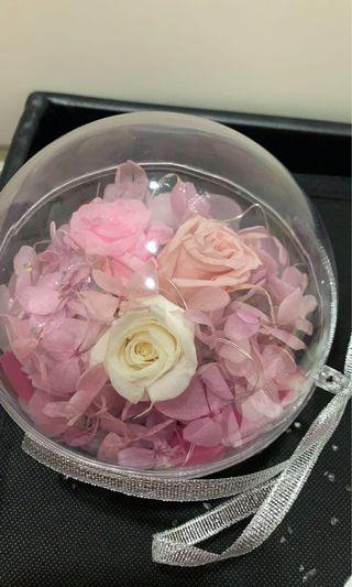 Preserved flowers as a gift!