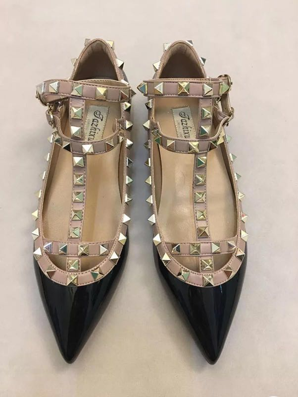 c2058a757 2019 design - Brand new unused genuine leather shoes, flat pointed heels  with shallow metallic decorative studs, Women's Fashion, Shoes, Flats &  Sandals on ...