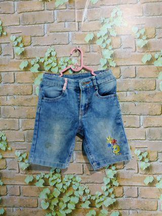 Celana pendek anak 3-5 T
