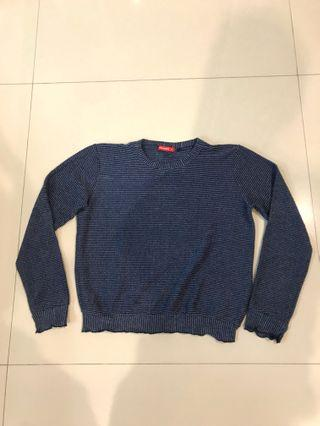Sweater blue graphis