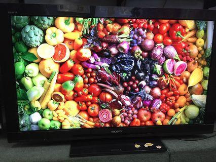 """Sony 40"""" FULL HD TV"""