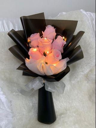 Lightning rose bouquet
