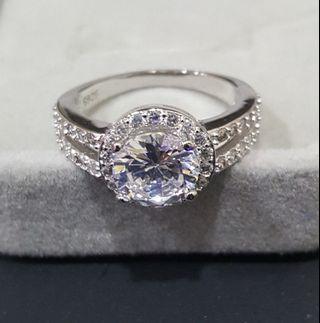 Halo 2 carat zirconia ring