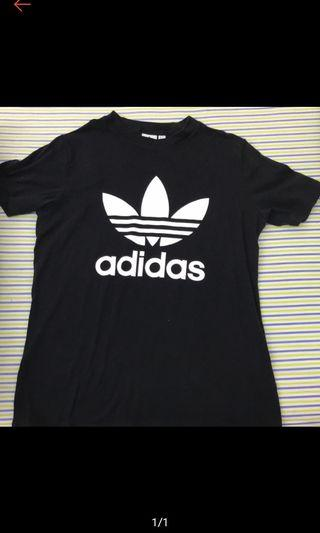 Adidas T 恤