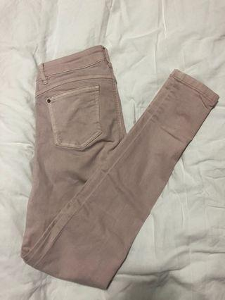 Celana jeans pull and bear pink