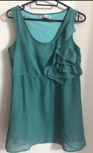 🚚 Emerald Green Dress