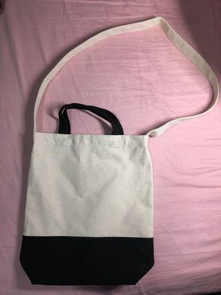 黑白 帆布包(購至pinkoi)