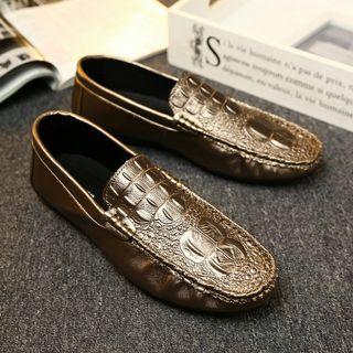 Crocodile Pattern Leather Shoe Gold