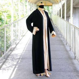 Black Beauty Abaya