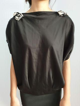 bn black blouse