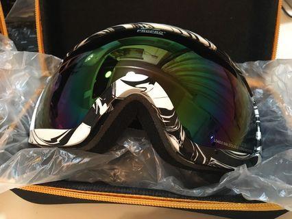 滑雪眼鏡 全新,黑白紋、粉紅色