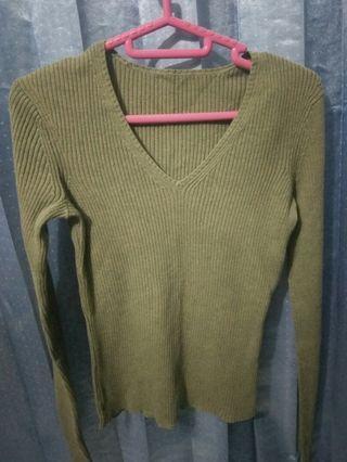 Sweater Hijau Army