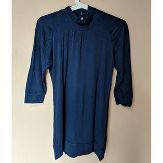 Forever 21 Turtleneck T-shirt Navy Blue